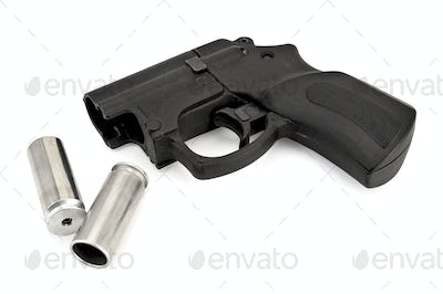 Traumatic pistol with ammunition