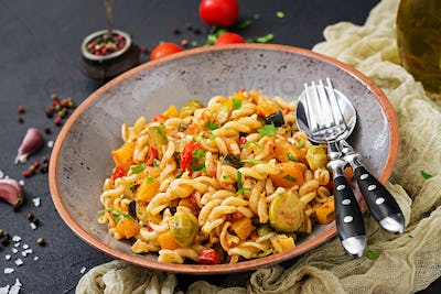 Vegan Fusilli vegetable paste with pumpkin, Brussels sprouts, paprika and carrot