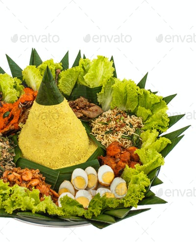 indonesian food nasi tumpeng for celebration
