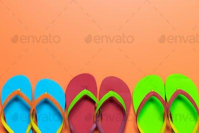 Multicolor flip flops