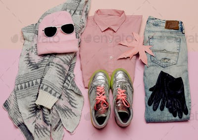 Stylish clothes set. City casual fashion. Spring. Accessories. P