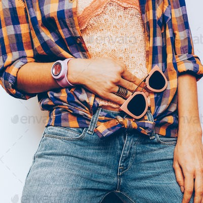Country style fashion Summer. Accessories. Top, jewelry, bracele
