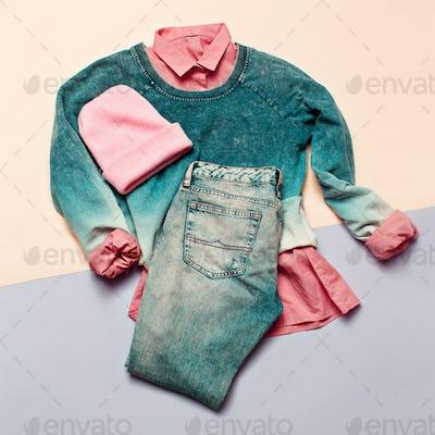 Fashion woman accessories set. Vanilla Lady. jeans, Sweater Bean