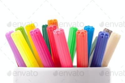 Color felt-tipped pens