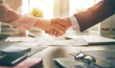 handshaking in office