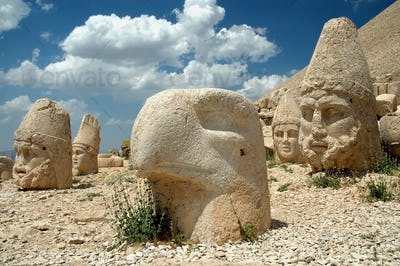 Heads of the gods on East terrace at the top of Nemrut dagi in Turkey