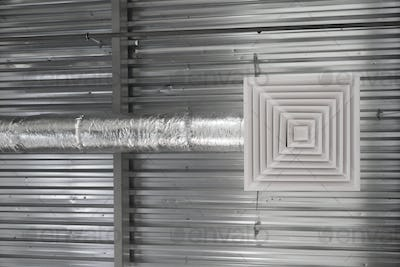 Air Ventilating tube and louver in building