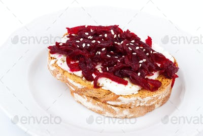 Toast with beetroot
