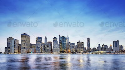Panoramic picture of the Manhattan skyline at dusk, New York.