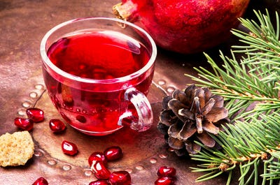 Tea with pomegranate