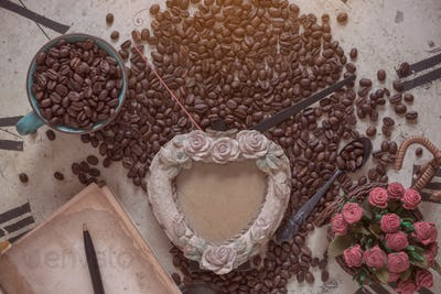 coffee and frame on clock