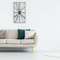 Round rug in empty room