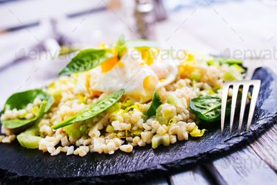 bulgur with egg