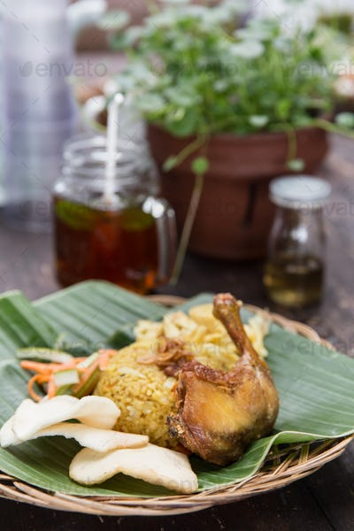 indonesian food rice and fried chicken