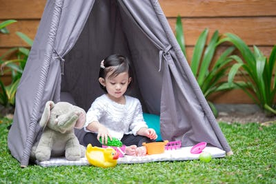 play in tent at backyard