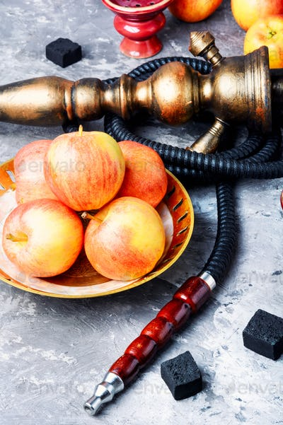 hookah with apple for relax