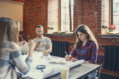 Friends in workplace