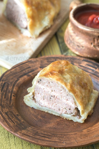 Meatball Wellington ring