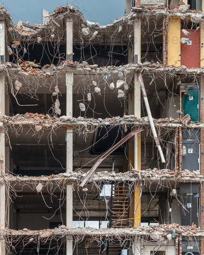 Demolition of a High rise Bulding