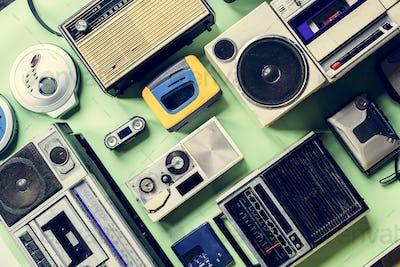 Radio audio broadcast channel vintage tuner