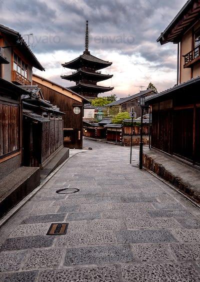 Streets of Gion - Yasaka Shrine