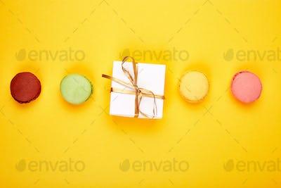 Sweet Dessert macaroon, gifts