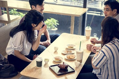 Japanese friends in a cafe