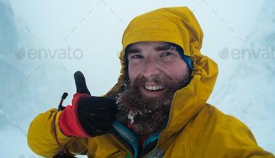 winter misery selfie