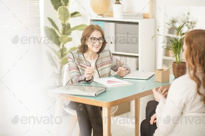 Personal advisor talking to client