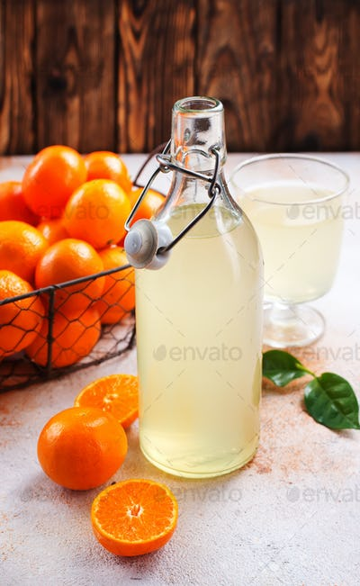 tangerines and tangerine juice