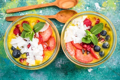 homemade super healthy breakfast in jars