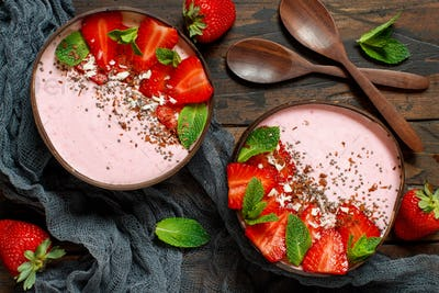 Strawberry smoothie bowls