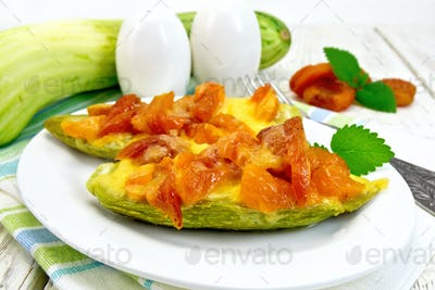 Courgettes in spicy sauce on napkin