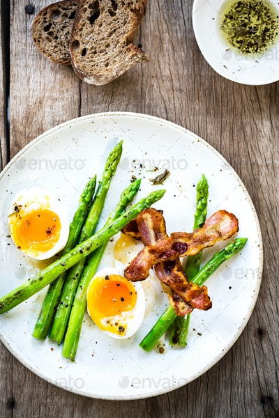 Bacon,Seared Asparagus and Soft boiled egg with Rye bread