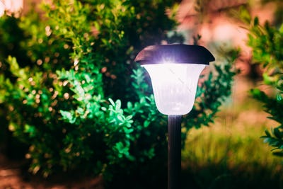 Close View Of Limelighted Energy-Saving Solar Powered Lantern Gl