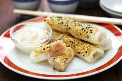 prawns wrapped in wafer paper