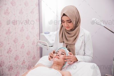 beautician works with patients