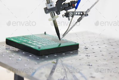 equipment for soldering chips