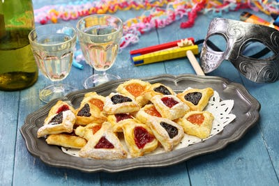 homemade hamantaschen cookies,noise maker and mask