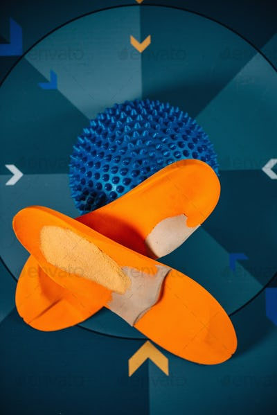 Insoles and balance pad