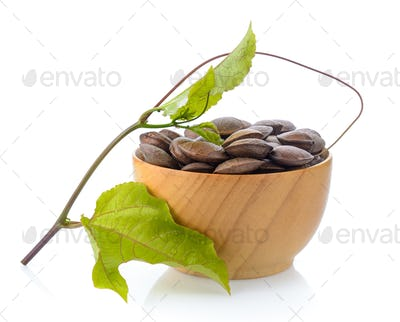 Peas star Incas in wood bowl on white background