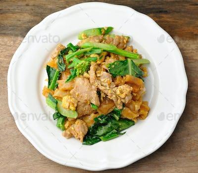 Stir Fried Rice Noodle with pork
