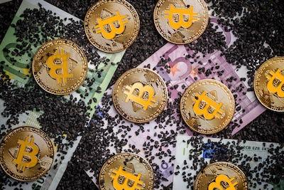 Worldwide virtual internet cryptocurrency