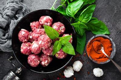 Beef meatballs. Cooking raw beef meatballs