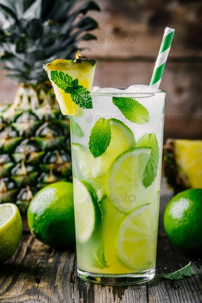 Pineapple Mint and lime lemonade in glass