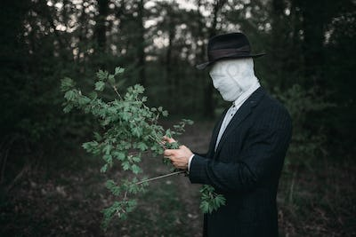 Serial maniac in the forest, crime and violence