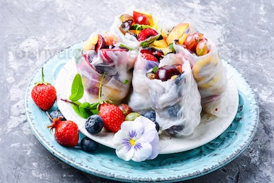 Delicious Japanese spring roll