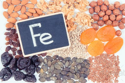 Inscription Fe and natural healthy ingredients as source iron, vitamins, minerals and dietary fiber