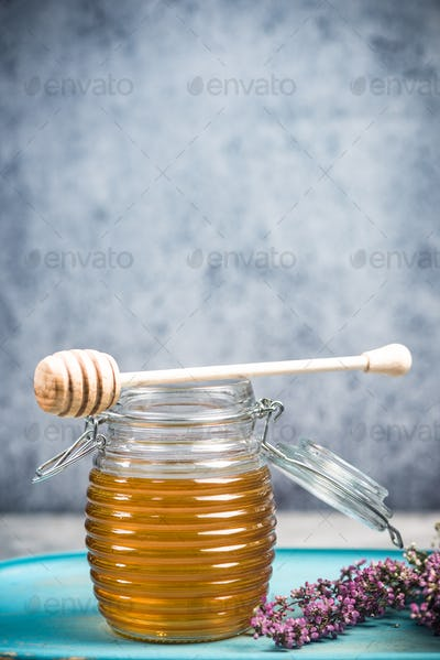 Organic honey from autumn heathers