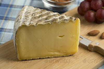 French Tomme de Montagne cheese